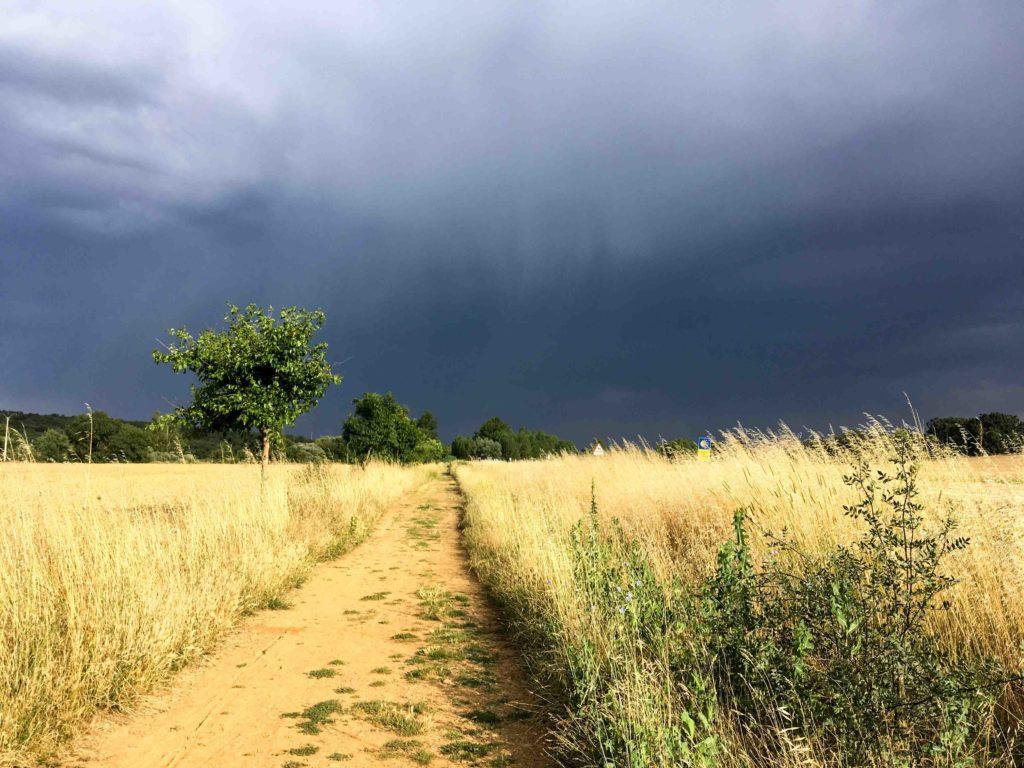 pluie chemin de st jacques de compostelle